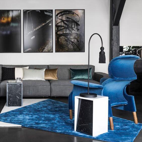 Neutral interior with indigo colour pop